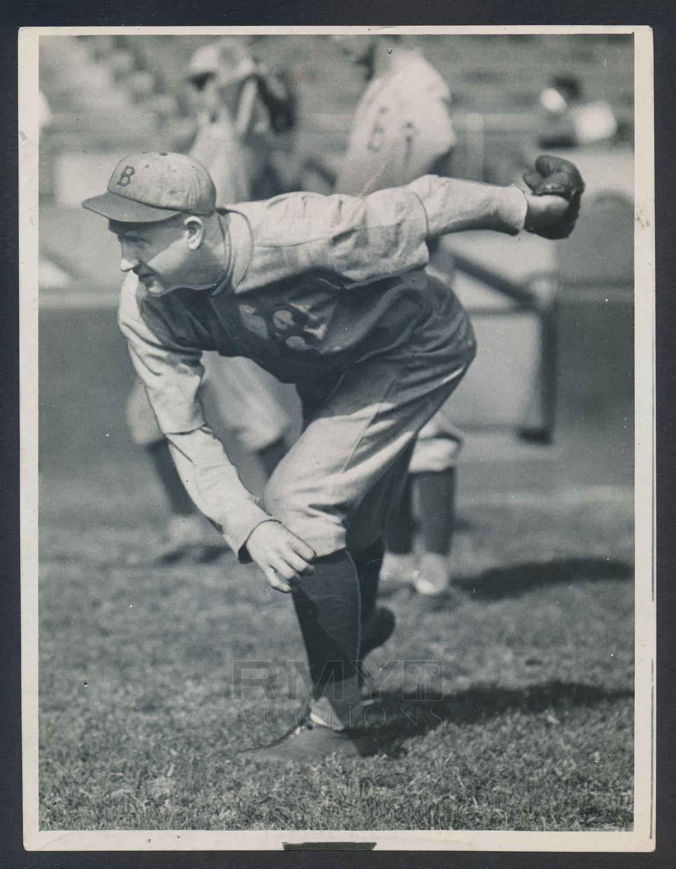 Lot # 174: 1922 Dazzy Vance,